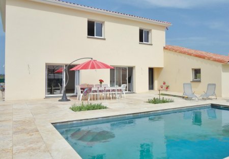 Villa in Roujan, the South of France