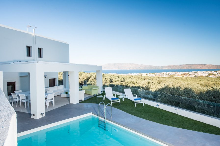 Villa in Greece, Pirgos