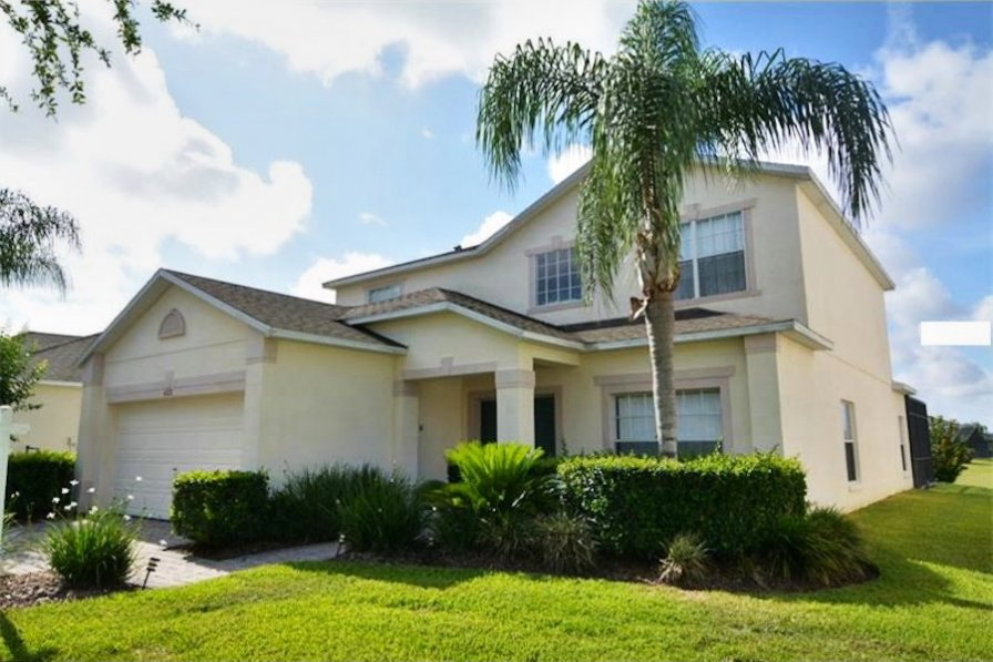 West Haven villa with south-facing pool, 15 minutes to Disney.