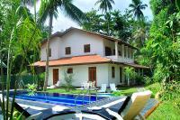 Villa in Sri Lanka, Hikkaduwa: Hikkaduwa HikkaVilla view from pool deck