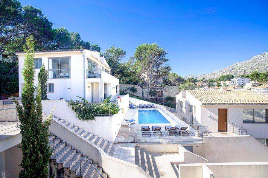 Villa To Rent In Cala San Vicente Majorca 248664