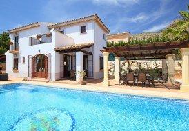 Villa in Golf Bahía, Spain