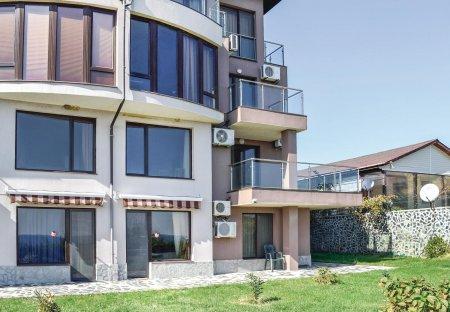 Apartment in Sinemorets, Bulgaria