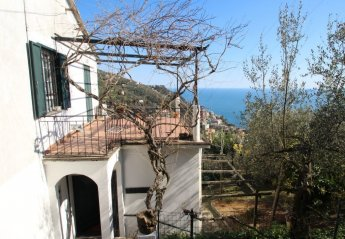 2 bedroom House for rent in Rapallo