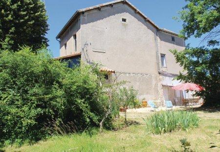 Villa in Saint-Sernin, France