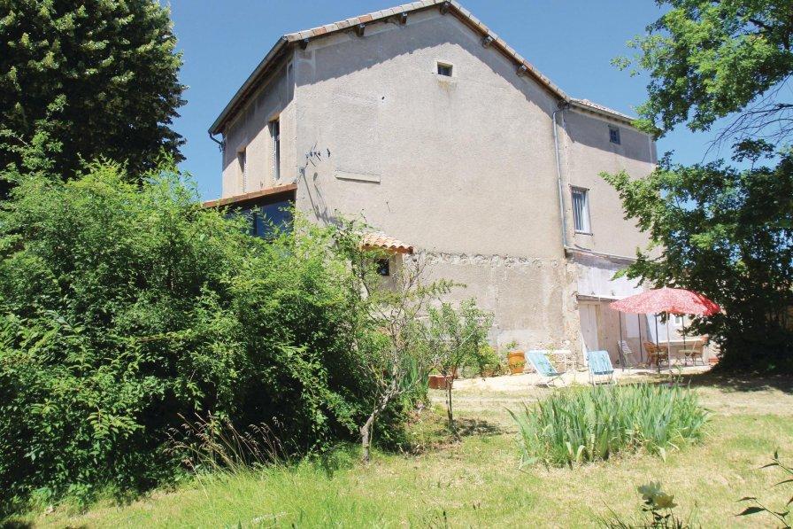 Villa in France, Saint-Sernin