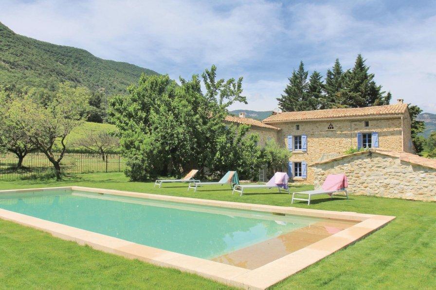 Villa in France, Roche-Saint-Secret-Béconne