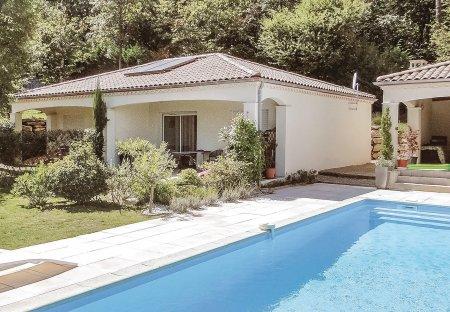 Villa in Boulazac Isle Manoire, France