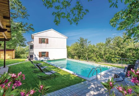 Apartment in Hreljin, Croatia