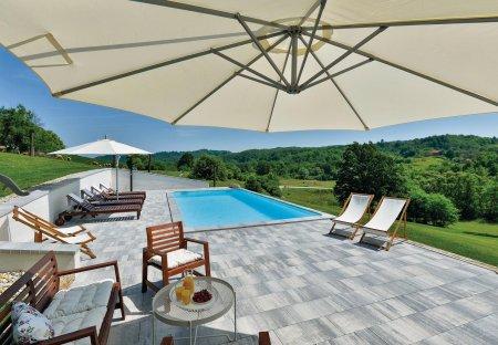 Villa in Donje Taborište, Croatia