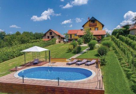 Villa in Martinkovec, Croatia