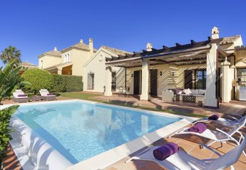 3 bedroom Villa for rent in San Roque