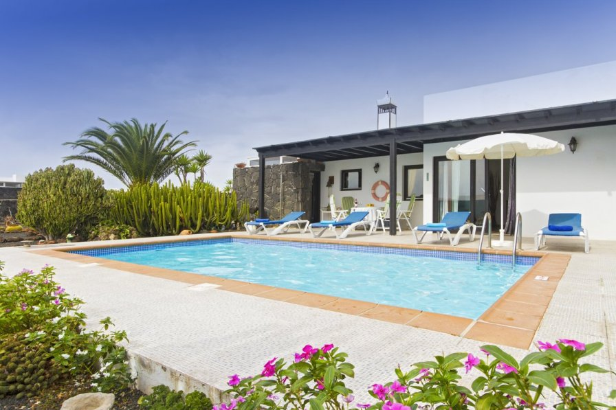 Villa to rent in san marcial de rubicon lanzarote 249019 for Villas rubicon lanzarote