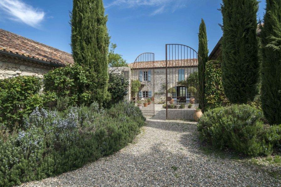 Villa in France, Sainte-Mère