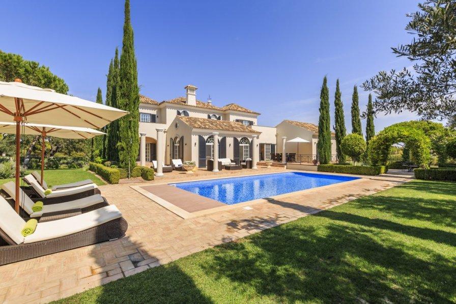 Villa Moura