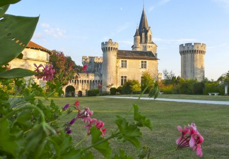 Chateau in Grand-Brassac, France