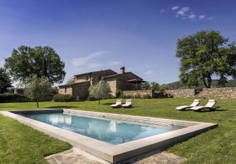 10 bedroom Villa for rent in Greve in Chianti