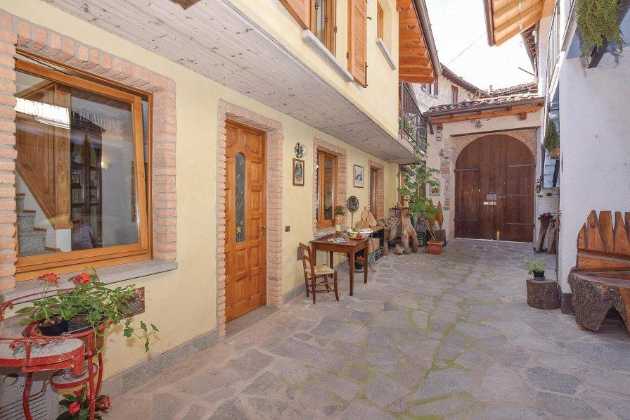 Villa in Italy, Ballabio