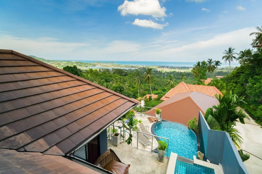 4 Bedroomed Seaview Chaweng Noi ~ Mattana 1