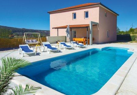 Villa in Tugare, Croatia