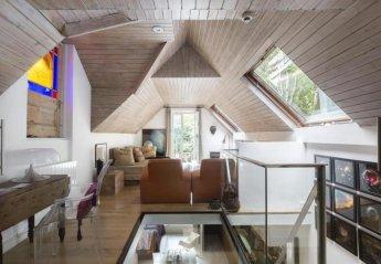 2 bedroom Villa for rent in North London