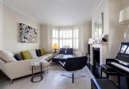 Villa in Palace Riverside, London