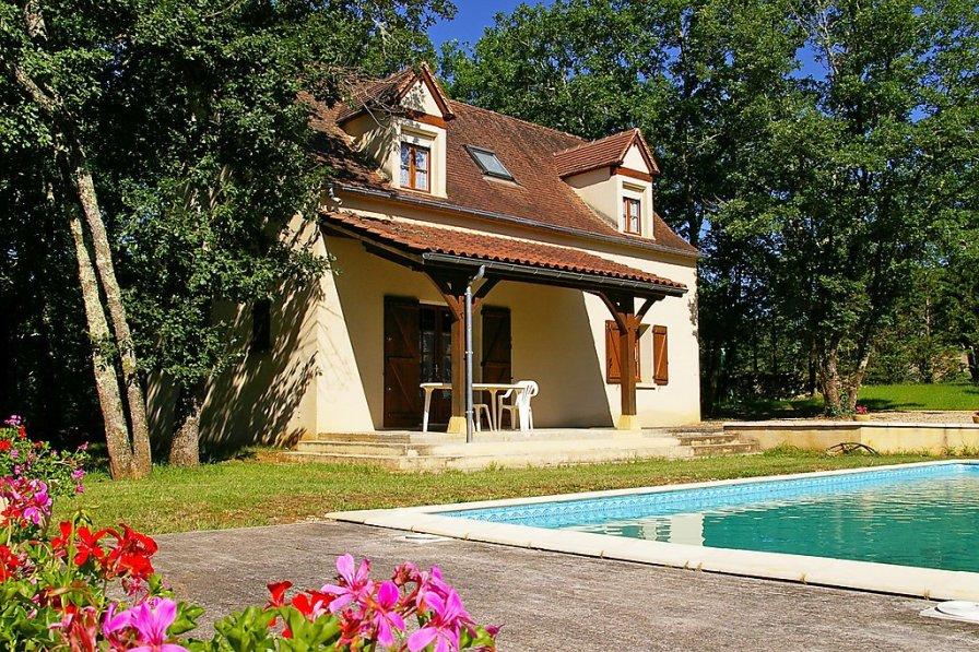 House in France, Salviac