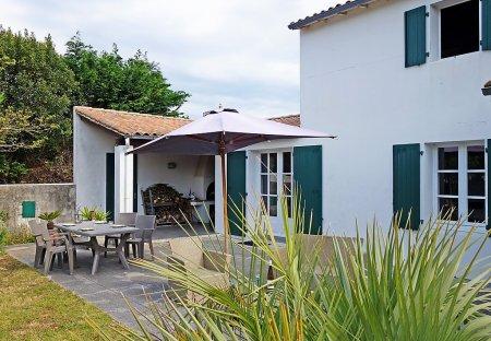 House in Sainte-Marie-de-Ré, France