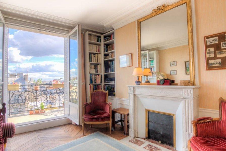 Apartment in France, Petit Montrouge