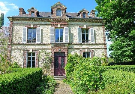 Villa in Victot-Pontfol, France