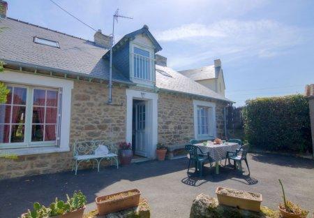 House in Saint-Ideuc-La Haize, France