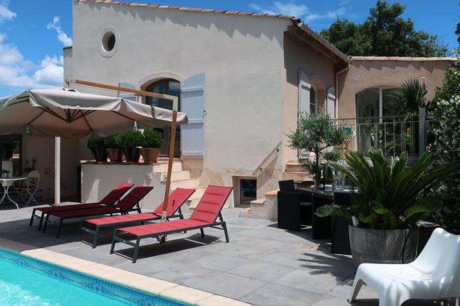 House in France, La Môle