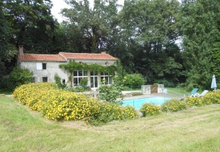 Villa in Vouvant, France