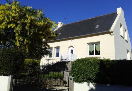 House in Lézardrieux, France