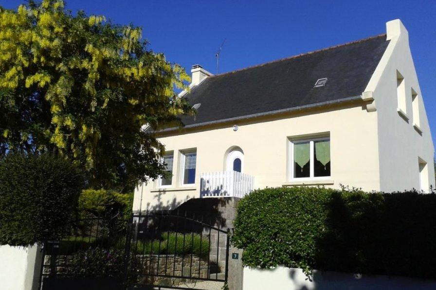 House in France, Lézardrieux