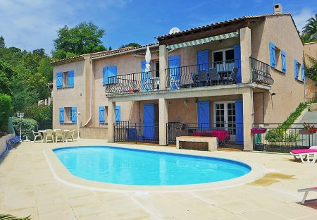 Apartment in Roquebrune-sur-Argens, the South of France