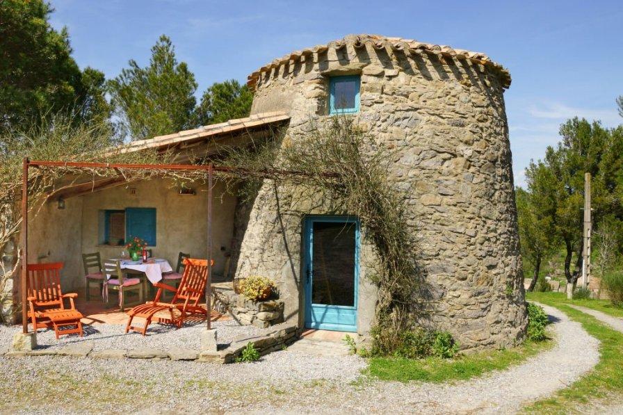 House in France, Montlaur