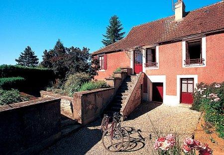 Villa in Marigny-le-Cahouët, France