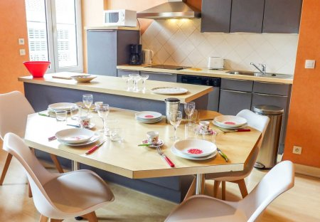Apartment in Halles-Hurlague, France