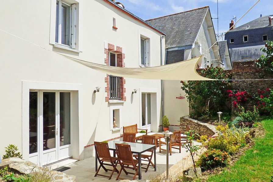 House in France, Pornic Centre