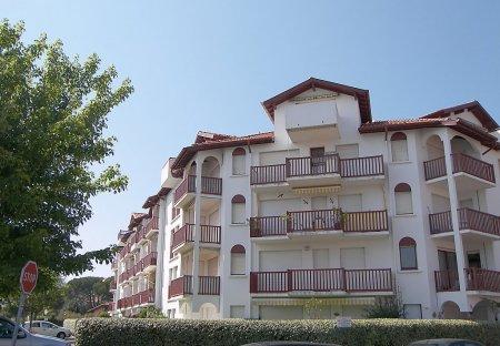 Apartment in Centre Ville-La Plage, France