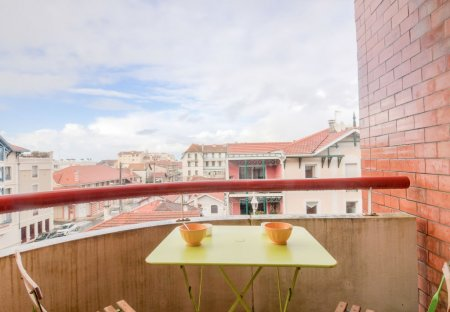 Apartment in Pereire-Ville-d'Hiver, France