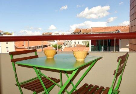 Studio Apartment in Pereire-Ville-d'Hiver, France: