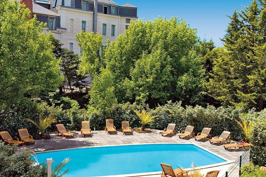 Owners abroad Villa Regina