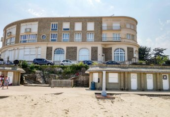 4 bedroom Apartment for rent in Dinard