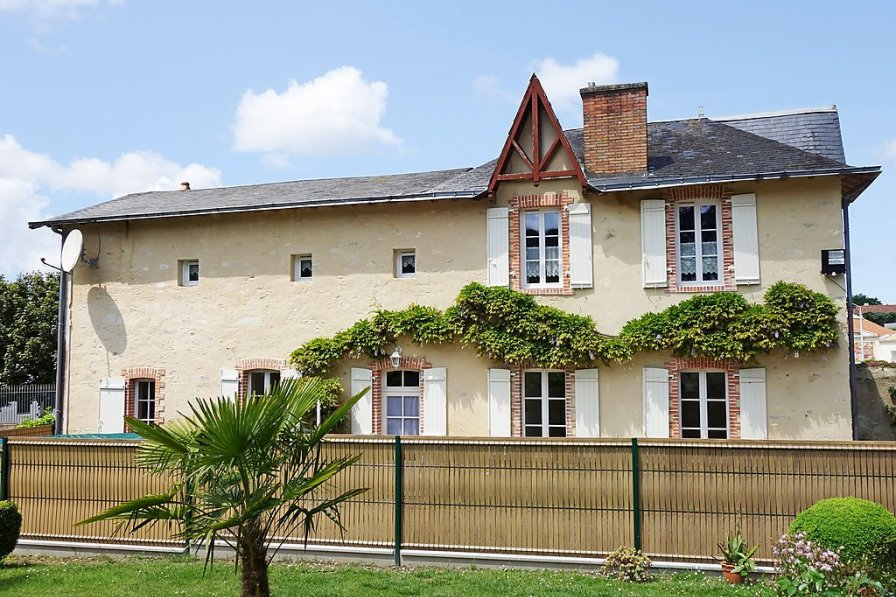 House in France, La Garnache