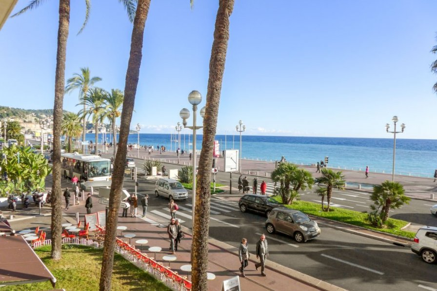 Owners abroad Le Savoy Promenade des Anglais