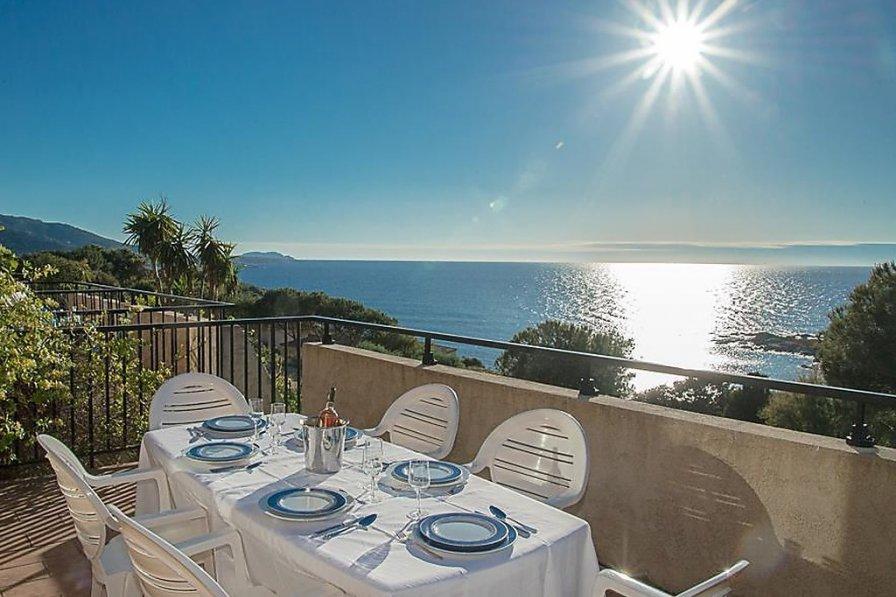 Owners abroad Villa Marinnella