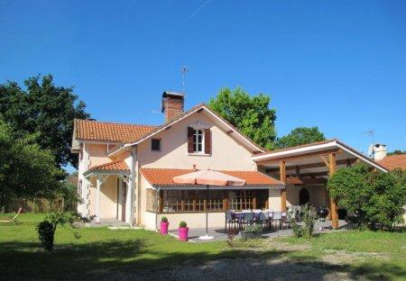 Villa in Bel Air, France