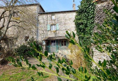 Villa in Bourg-Archambault, France
